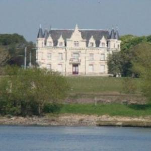 Knighton twinned with Varades